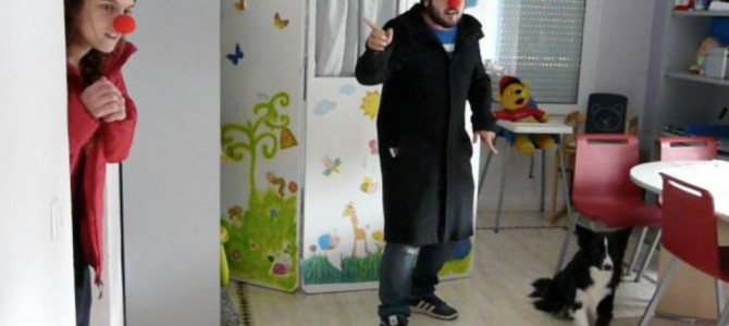 Caperucita roja con Dogs & Clowns!